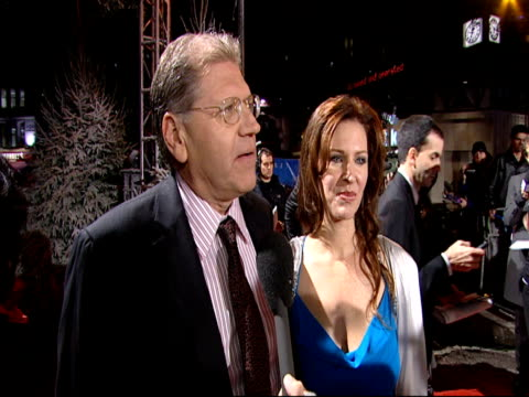 robert zemeckis on how the premiere of scrooge had turned leicester square into a winter wonderland and on jim carey at the a christmas carol... - robert zemeckis stock videos and b-roll footage