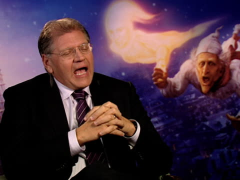 robert zemeckis on how you have to be able to stop production at some point on the movie at the a christmas carol interviews at london england - robert zemeckis stock videos and b-roll footage