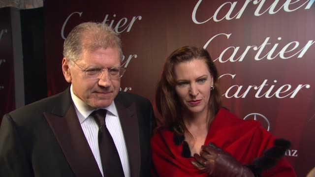 vídeos de stock, filmes e b-roll de interview robert zemeckis on receiving the director of the year award what he appreciates about the festival why this filn has struck a chord with... - chord