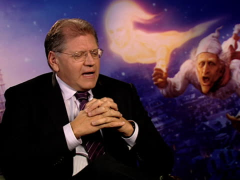 robert zemeckis on whether children will be scared by the movie and how every child is different on how you have to speak to children like adults at... - robert zemeckis stock videos and b-roll footage