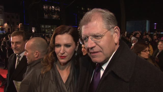 interview robert zemeckis on working with denzel and kelly and the audience reaction at the flight premiere the empire leicester square london on the... - robert zemeckis stock videos and b-roll footage