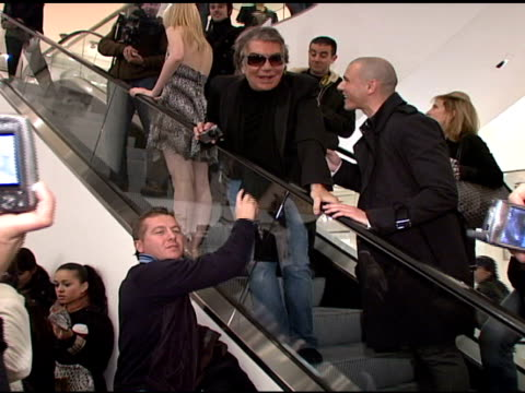 roberto cavalli and fans at the roberto cavalli for hm launch at hm in new york new york on november 8 2007 - roberto cavalli stock videos and b-roll footage