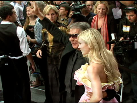 roberto cavalli and tinsley mortimer at the cavalli ny flagship store launch at cavalli flagship store in new york, new york on september 7, 2007. - ブランド ロベルト・カヴァリ点の映像素材/bロール