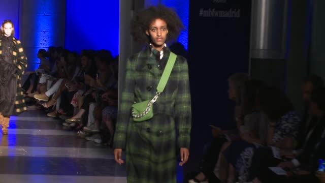 roberto verino- catwalk- mercedes benz fashion week madrid spring/summer 2020 - catwalk stage stock videos & royalty-free footage