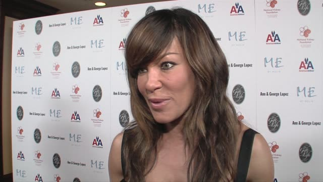 vidéos et rushes de robin antin on supporting the foundation and what makes samuel l jackson a humanitarian at the 29th annual the gift of life gala at the hyatt regency... - century plaza