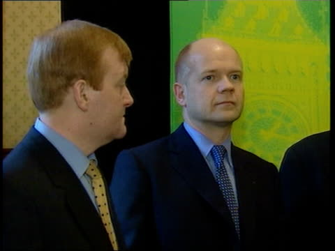 robin cook attacks william hague on race lib ms tony blair mp signing pact to keep race issues out of the election ms charles kennedy mp and hague gv... - ロビン クック点の映像素材/bロール