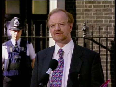 robin cook talks about new task faced by labour party during press conference after labour party election victory london 02 may 97 - british labour party stock videos & royalty-free footage