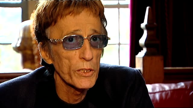 robin gibb makes record in aid of 2011 poppy appeal; robin gibb interview sot - it has always been a very special thing to my heart - the bee gees bildbanksvideor och videomaterial från bakom kulisserna