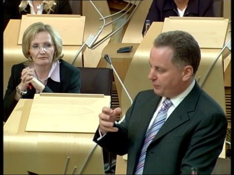 robin harper msp interview sot - could not find anybody who would listen when i said the project would run over budget tms msps sitting in new... - margo macdonald bildbanksvideor och videomaterial från bakom kulisserna