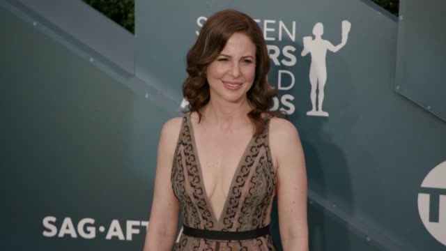 robin weigert at the 26th annual screen actors guild awards - arrivals at the shrine auditorium on january 19, 2020 in los angeles, california. - screen actors guild awards stock videos & royalty-free footage