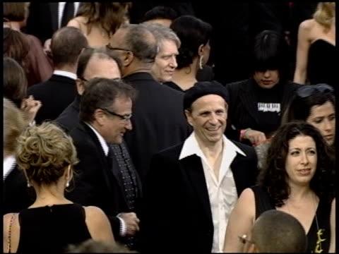 vídeos de stock e filmes b-roll de robin williams at the 2004 academy awards arrivals at the kodak theatre in hollywood california on february 29 2004 - 76.ª edição da cerimónia dos óscares