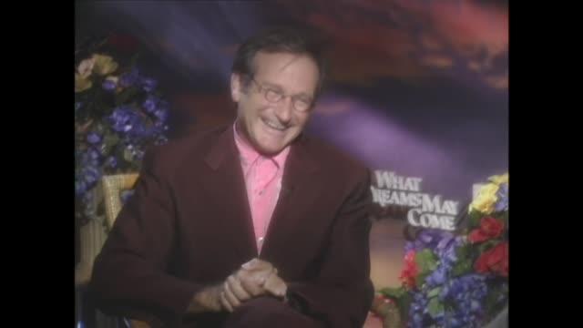 robin williams on mortality - ロビン・ウィリアムズ点の映像素材/bロール
