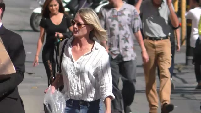 robin wright outside jimmy kimmel live in hollywood on october 04 2017 at celebrity sightings in los angeles - robin wright stock videos & royalty-free footage