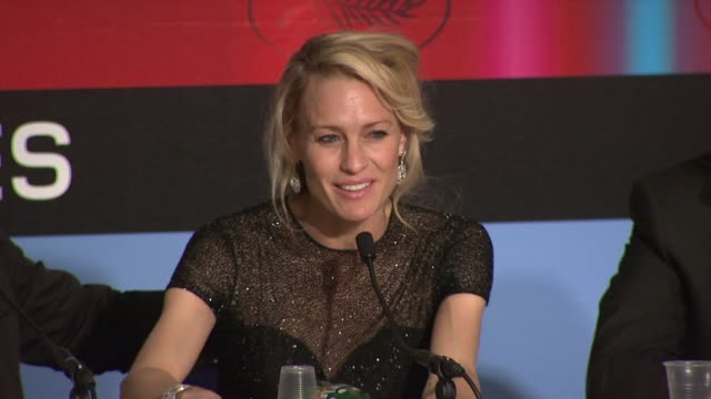 robin wright penn on the rumors that the jury members were fighting at the cannes film festival 2009 winners press conference at cannes - robin wright stock videos & royalty-free footage