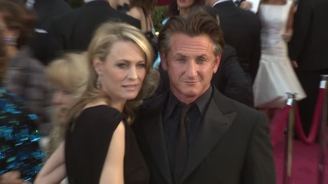 robin wright penn sean penn at the 81st academy awards arrivals part 2 at los angeles ca - robin wright stock videos & royalty-free footage