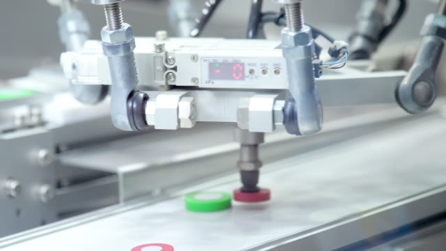 vidéos et rushes de machine-robot sur l'intelligence artificielle - intelligence