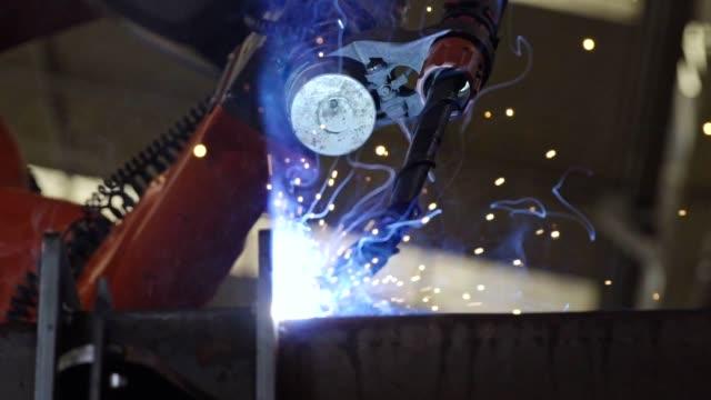 Robotic arm welding industrial