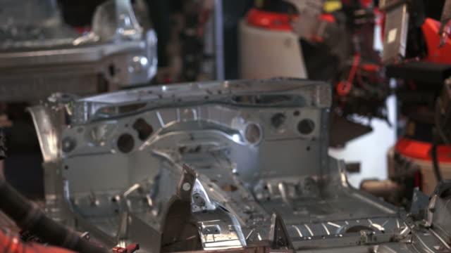hd ロボット溶接お車でのボディ - aluminum点の映像素材/bロール