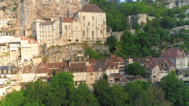 rocamadour (clifftop village) in lot department / france - rock face stock videos & royalty-free footage