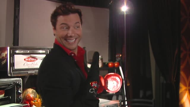 rocco dispirito at the bertolli at the presenters gift lounge celebrating the primetime emmy awards hosted by aeg ehrlich ventures at los angeles ca. - gift lounge stock videos & royalty-free footage
