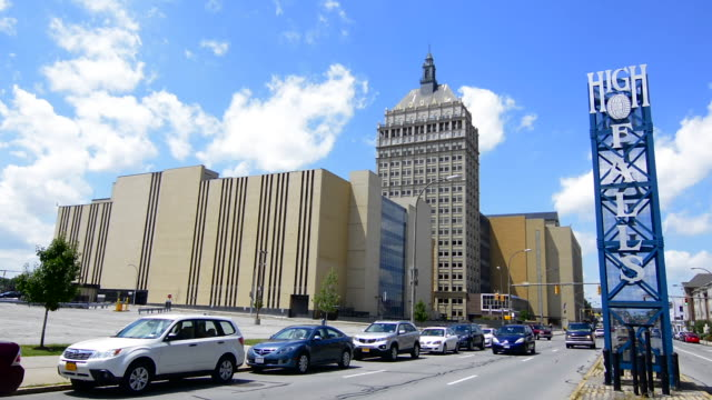 stockvideo's en b-roll-footage met rochester new york ny kodak films world headquarters downtown city now much smaller as film no longer being used much so many kodak buildings now vacant or torn down photography and film birthplace high falls - hoofdkantoor
