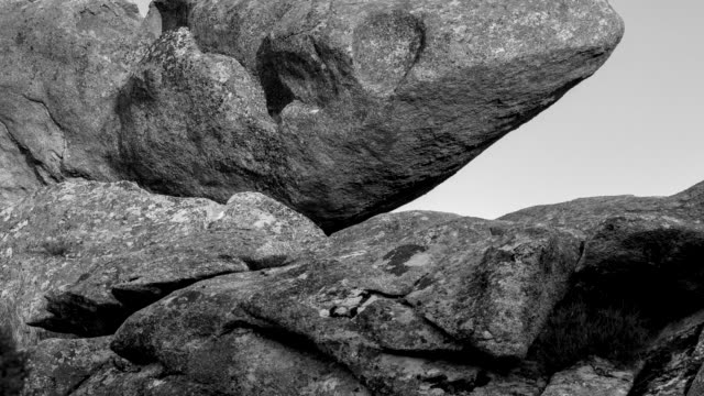 stockvideo's en b-roll-footage met rock and moon at dark in la prediza - graniet