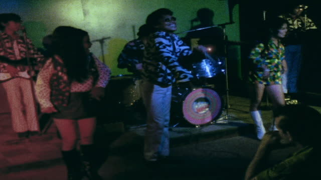 zi rock and roll band performing in club / da nang vietnam - rock group stock videos & royalty-free footage