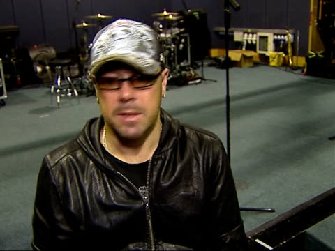 rock band 'foreigner' rehearsal and interview jason bonham and mick jones interview sot on bonham being catalyst for led zeppelin and foreigner... - moderne rockmusik stock-videos und b-roll-filmmaterial