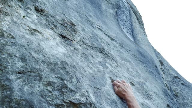 vidéos et rushes de grimpeur, la recherche d'un chemin d'accès - abrupt