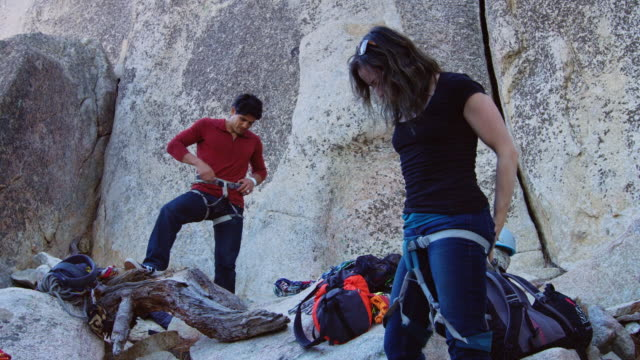 rock climbers preparing - rock climbing stock videos & royalty-free footage