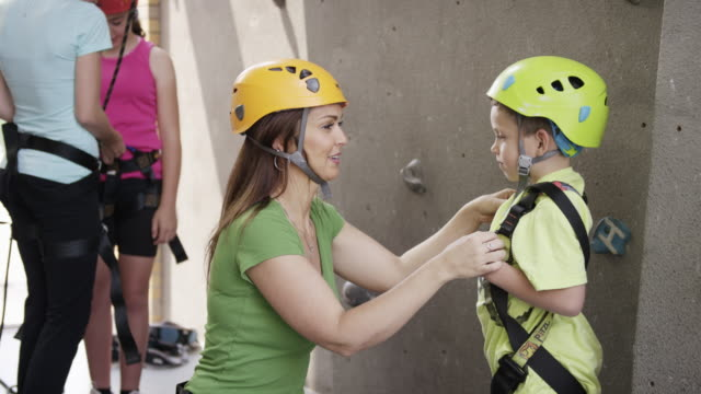 rock climbing club - climbing wall stock videos & royalty-free footage