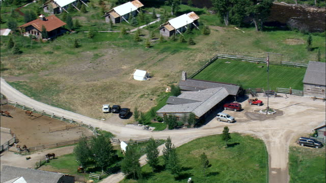 rock creek 'dude' ranch  - aerial view - montana,  granite county,  helicopter filming,  aerial video,  cineflex,  establishing shot,  united states - ranch stock videos & royalty-free footage