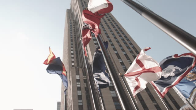 30 rock establishing shot, new york city - rockefeller center video stock e b–roll