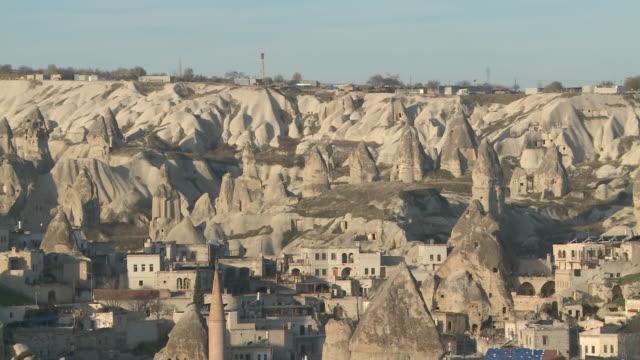 rock formation in cappadocia, turkey - ロックストラータ点の映像素材/bロール