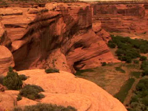 ha, zi, rock formations, antelope house, canyon del muerto, canyon de chelly national monument, arizona, usa - canyon de chelly stock videos & royalty-free footage