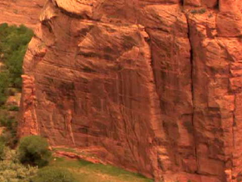 cu, tu, rock formations, antelope house, canyon del muerto, canyon de chelly national monument, arizona, usa - canyon de chelly stock videos & royalty-free footage