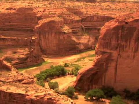ha, ms, zi, rock formations, antelope house, canyon del muerto, canyon de chelly national monument, arizona, usa - canyon de chelly stock videos & royalty-free footage