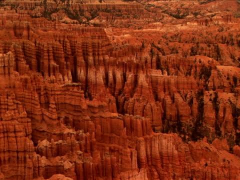 ws, zi, ms,  rock formations, bryce canyon national park, utah, usa - 堆積岩点の映像素材/bロール