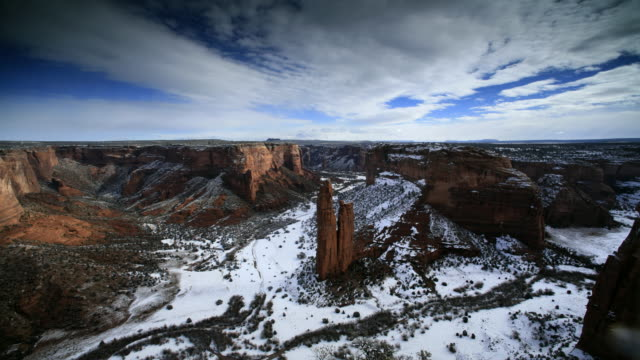 t/l ws ha pan rock formations in canyon de chelly national monument, arizona, usa - canyon de chelly stock videos & royalty-free footage