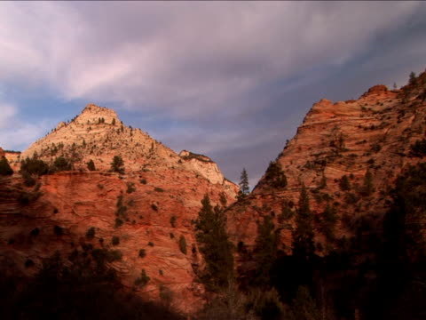ms, zi, rock formations, zion national park, utah, usa - placca di montaggio fissa video stock e b–roll
