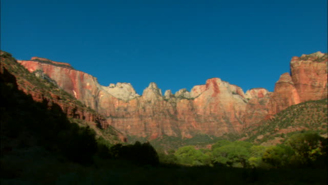 ws, pan, rock formations, zion national park, utah, usa - zion national park stock videos & royalty-free footage