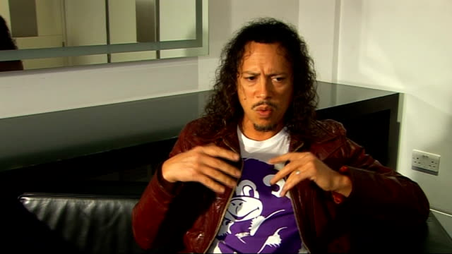 interview with lead guitarist of metallica; england: london: int kirk hammett interview sot - on the world magnetic tour - on being excited about... - メタリカ点の映像素材/bロール