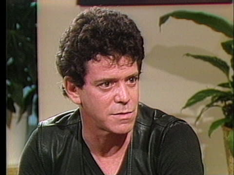 rock singer lou reed talks about making music videos, saying he'd rather not be in them. - ルー リード点の映像素材/bロール