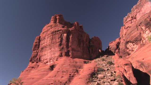 WS PAN TD rock wall to canyon floor/ Canyon de Chelly National Monument, Arizona