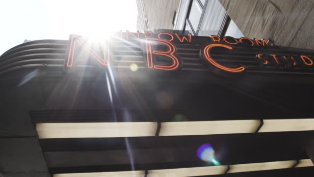 rockefeller center nbc rainbow room entrance - summer 2016 - rockefeller center video stock e b–roll