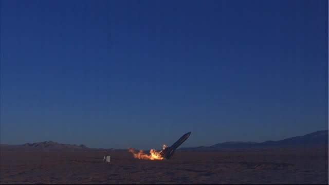 a rocket explodes in a failed launch attempt. - stapellauf stock-videos und b-roll-filmmaterial