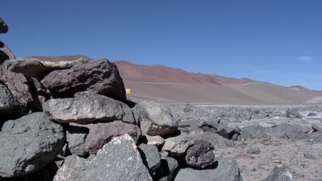 ms zo rocks in desert landscape, san pedro de atacama, el loa, chile - san pedro de atacama stock videos & royalty-free footage