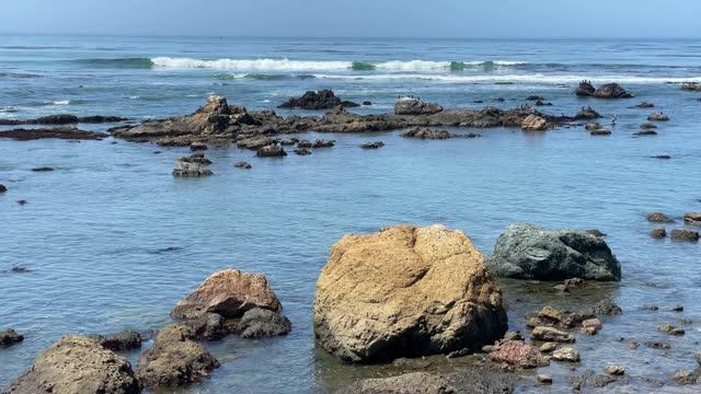 rocky beach, central coast of california - western usa stock videos & royalty-free footage