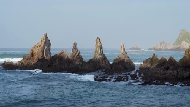 stockvideo's en b-roll-footage met rocky coast at playa de la gueirua. - noord atlantische oceaan