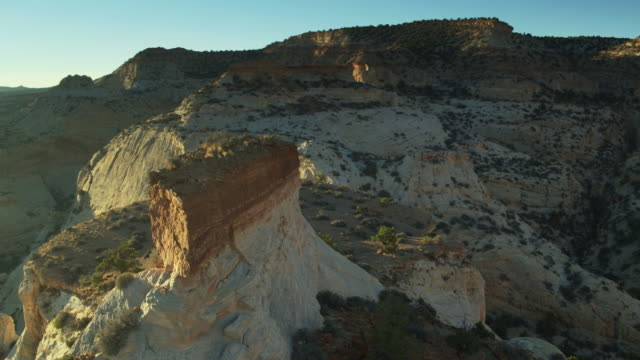 rocky mesa in eagle canyon, utah - drone shot - san rafael swell stock videos and b-roll footage